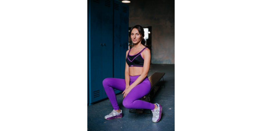 Спортивная одежда и топы